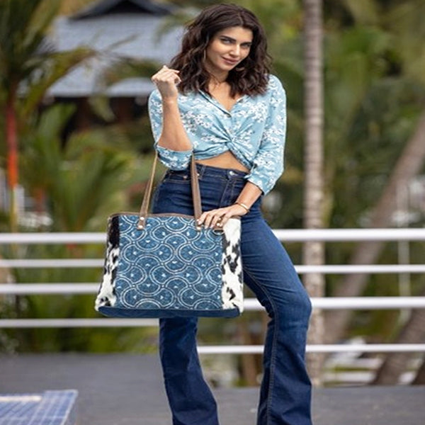Dainty Lady Tote Bag, Large, Myra Bags, S-2184, Lifestyle