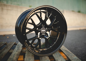 CS11 Gloss Black