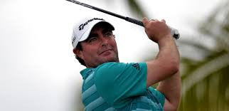 The worst player on the PGA tour earns nearly half million dollars!