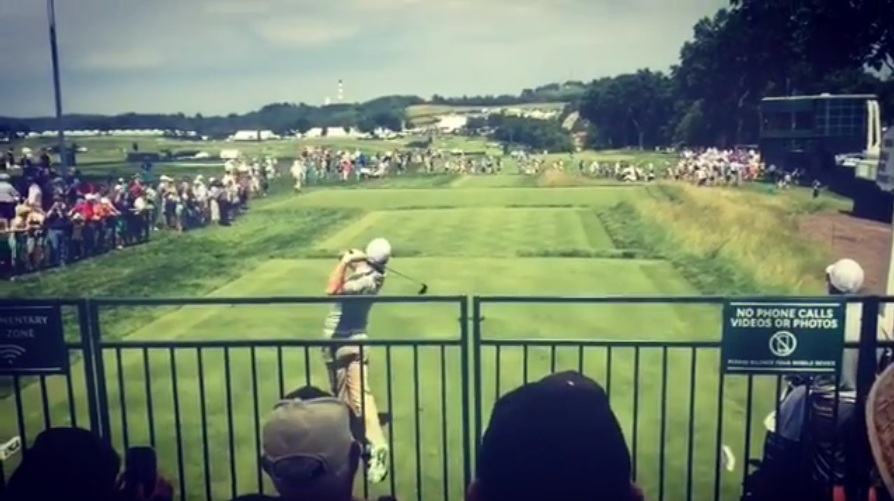 Rory clears the fans at Oakmont!