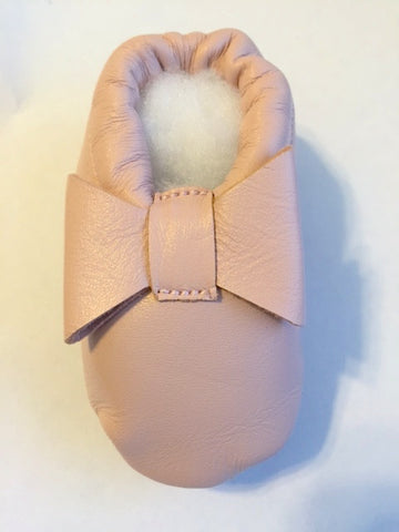 Leather Ballet Pink Bow Infant Shoe