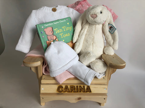 Personalization of baby gifts