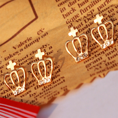 18K Gold Plated Crown Earrings - Rama Deals