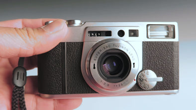 Video Review: Fujifilm Klasse W, High-End 35mm Film Point and Shoot Camera