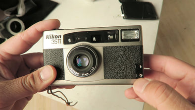Video Review: Nikon 35Ti 35mm Film Compact Point and Shoot Camera