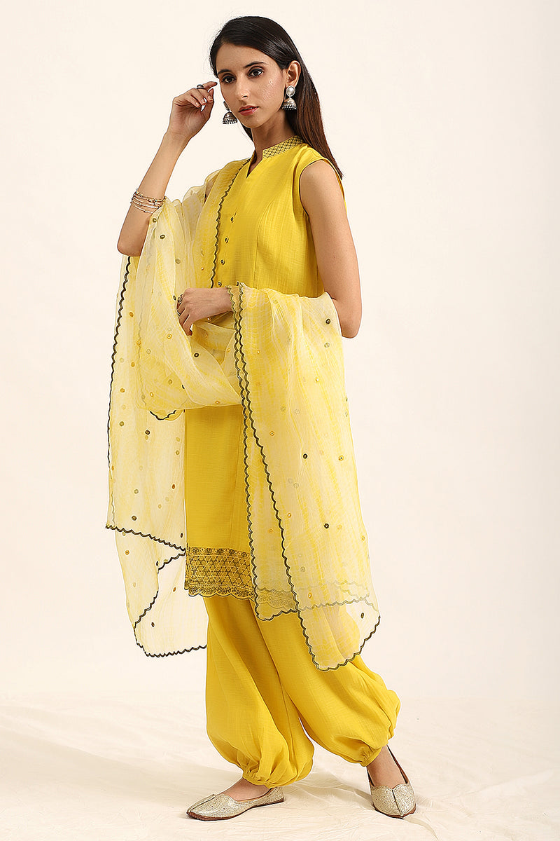 Lemon Green Sleeveless Kurta With Harem Pants