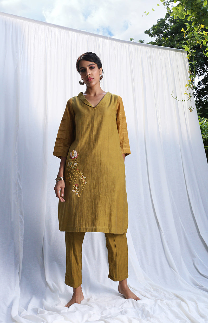 Khaki Straight Kurta With Lowers