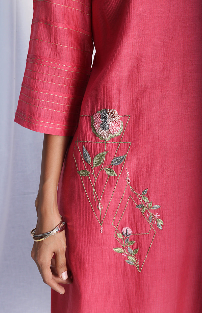 Carrot Pink Straight Kurta With Lowers