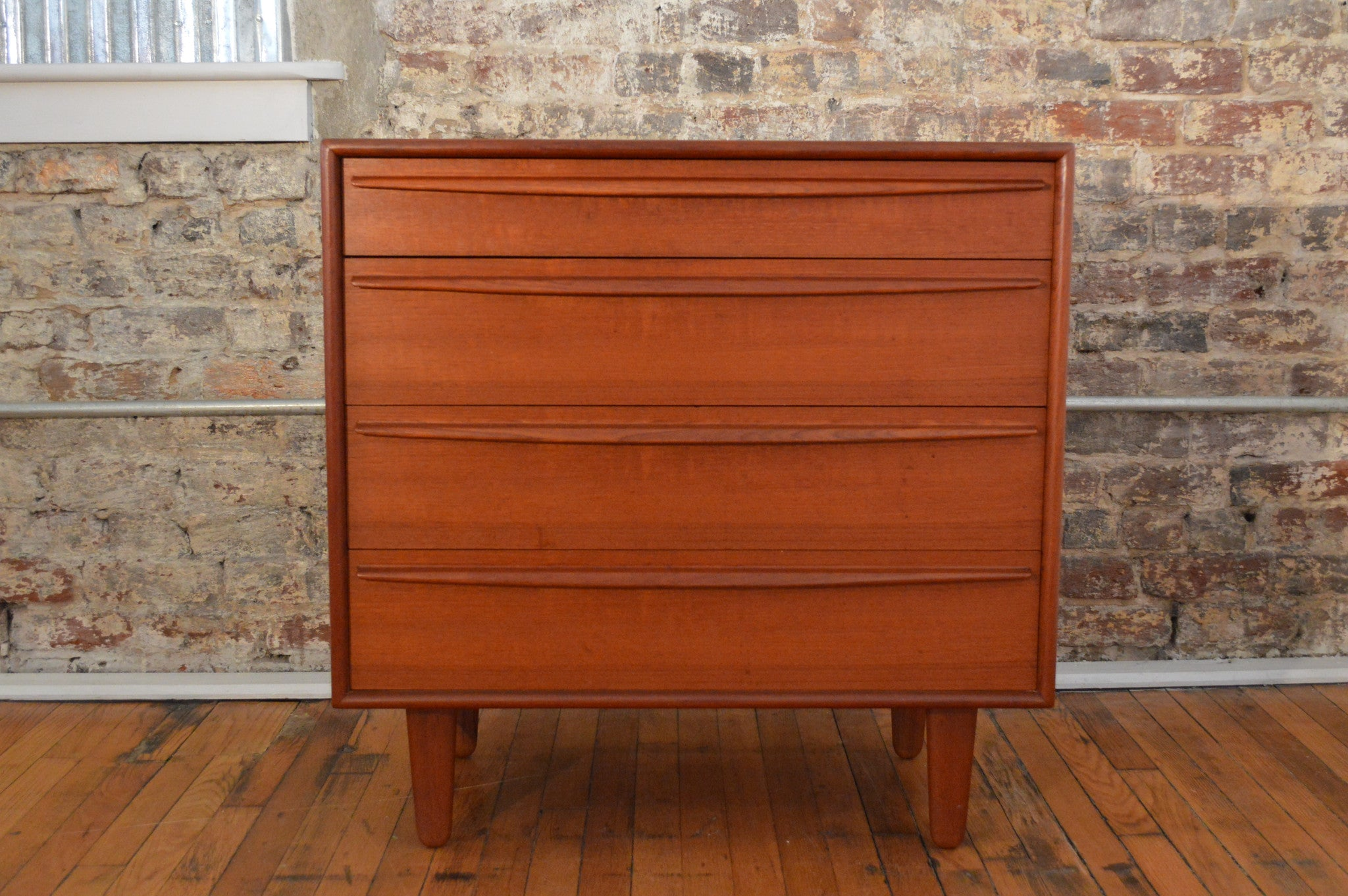 chest dresser drawer coleman ashley htm cheap from furniture brown sommerford sw