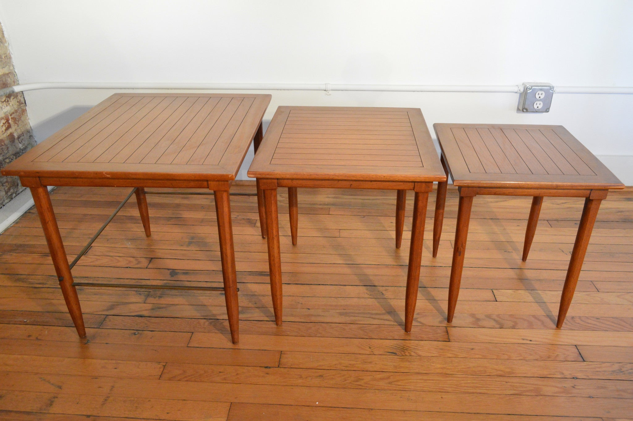 Mid Century Nesting Tables By Tomlinson