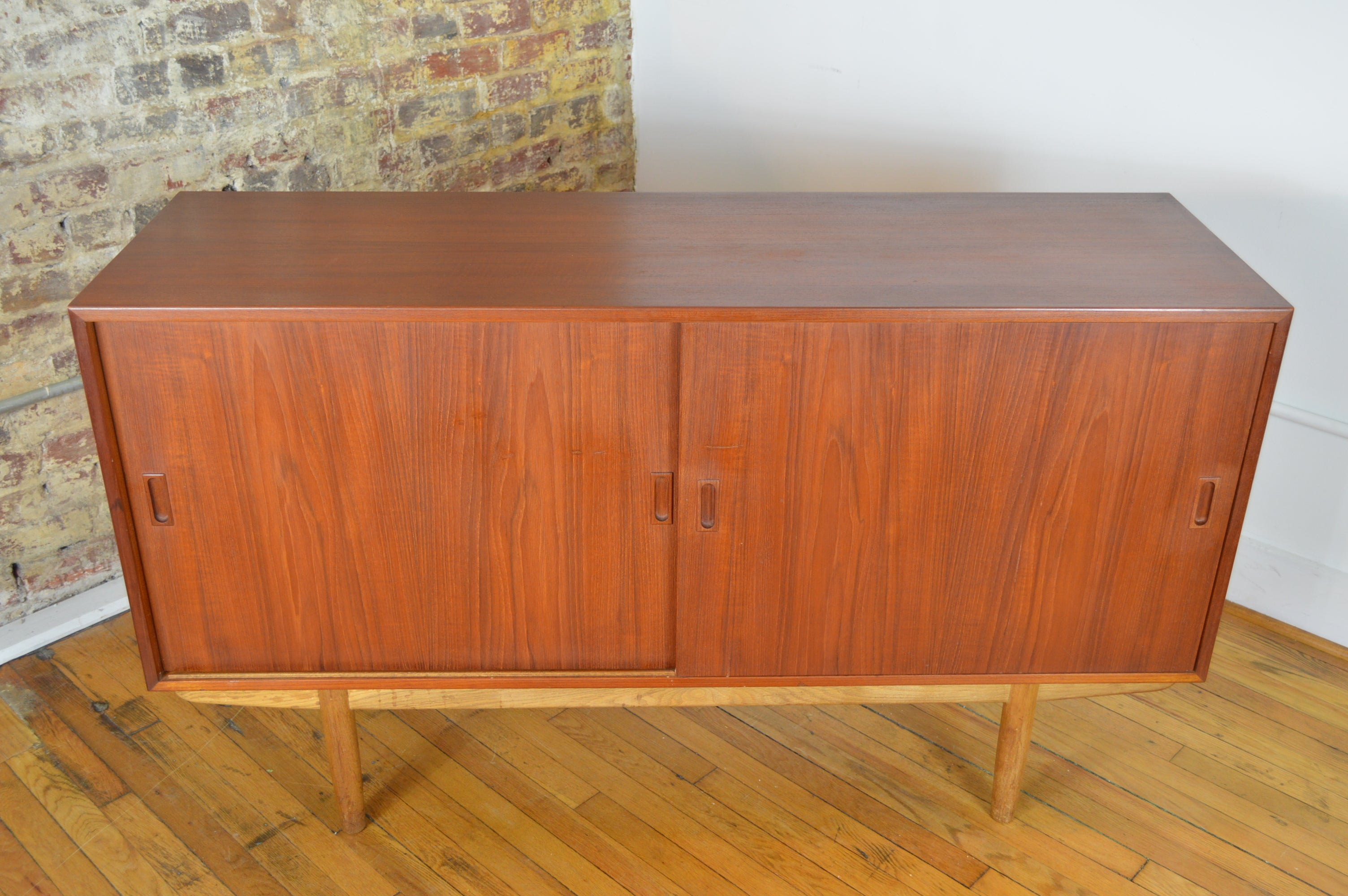 124d837cac718 Borge Mogensen for Soborg Compact Credenza