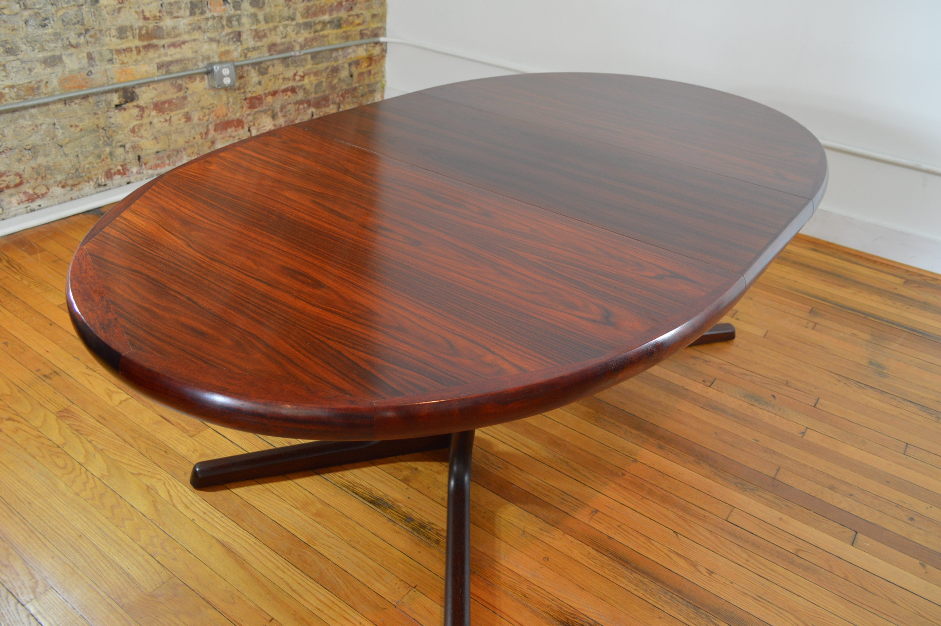 Interform Collection Danish Rosewood Extension Dining