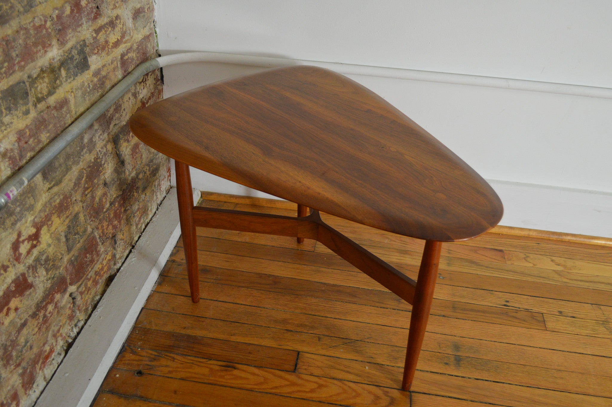 Small Danish Modern Walnut Guitar Pick End Table By Stow U0026 Davis