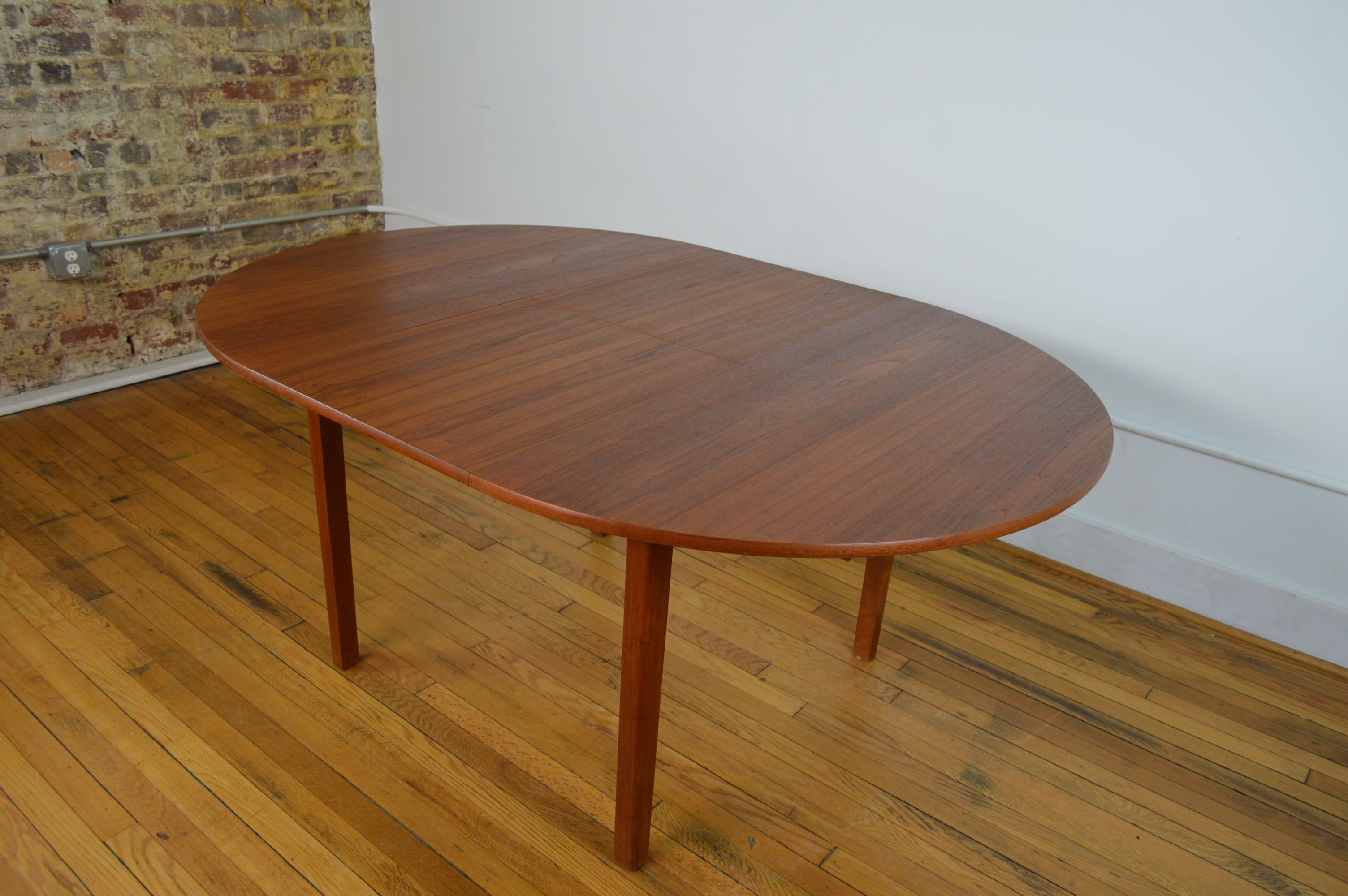 Danish Teak Dining Table With Butterfly Extension Leaf GalaxieModern - Danish modern dining table with leaves