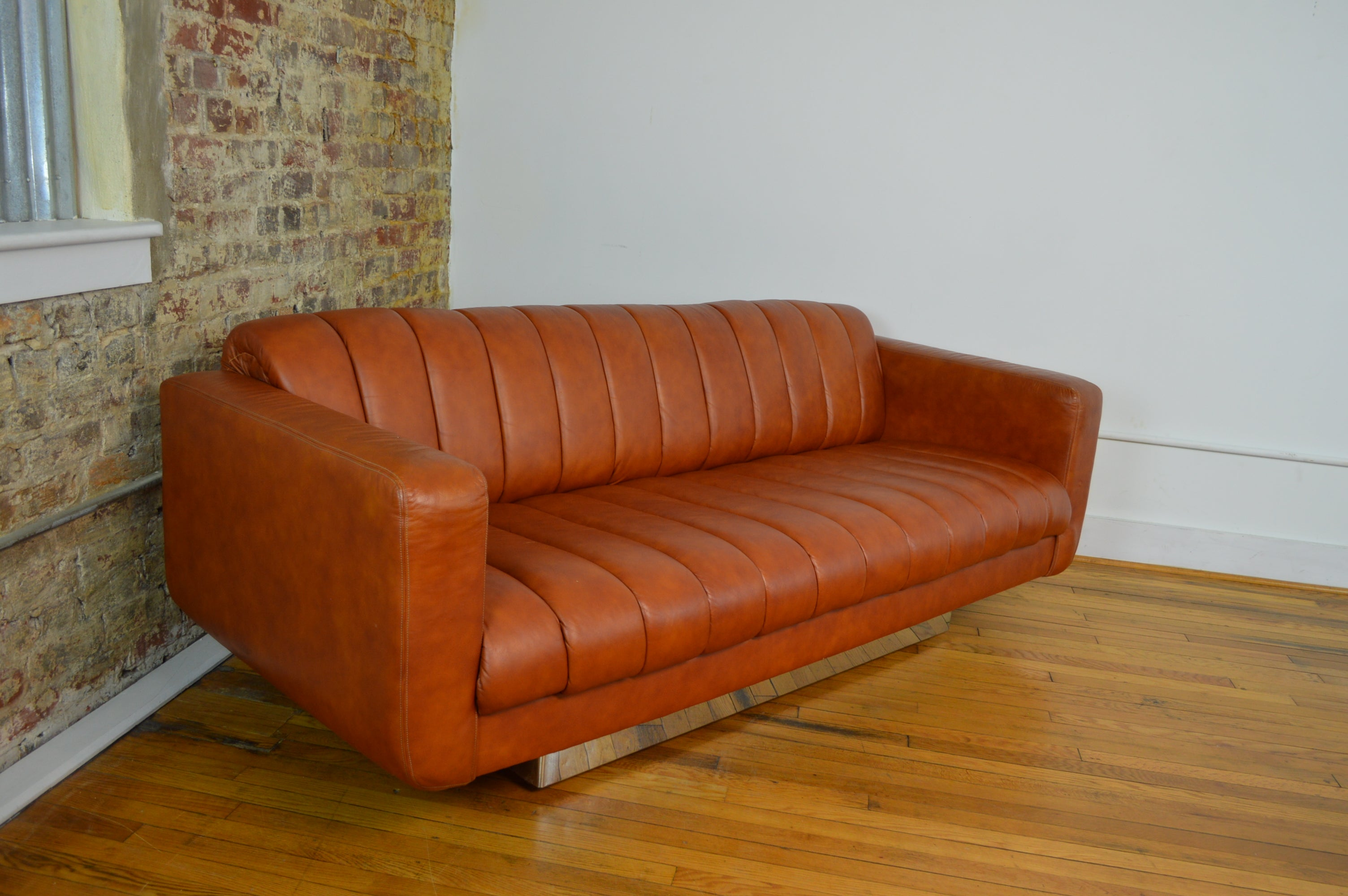 Fabulous Modernist Leather And Chrome Sofa By Davis Furniture