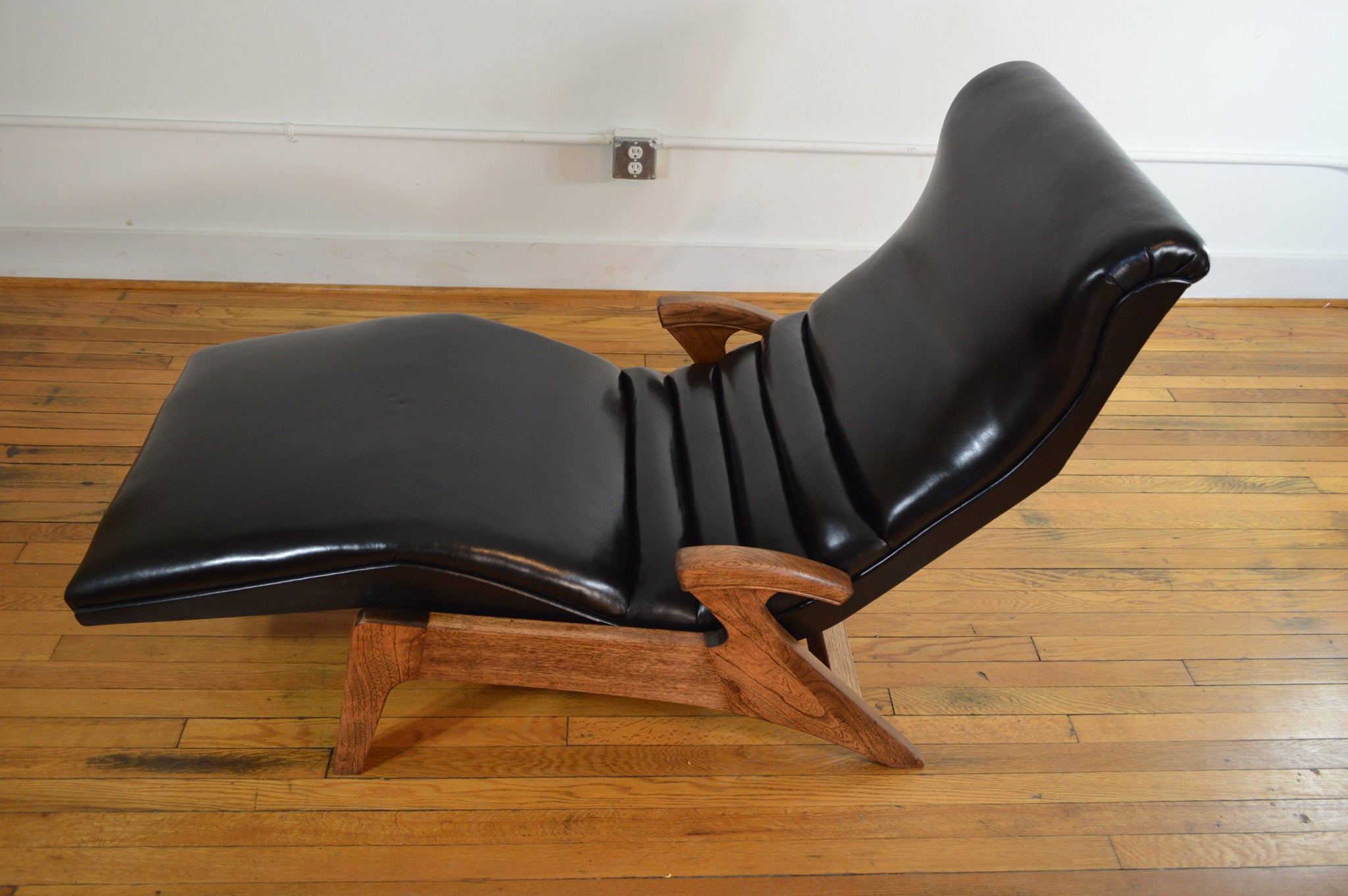 shop leather chaises chaise pd furniture flanigan raymour lounges and rchm productmain