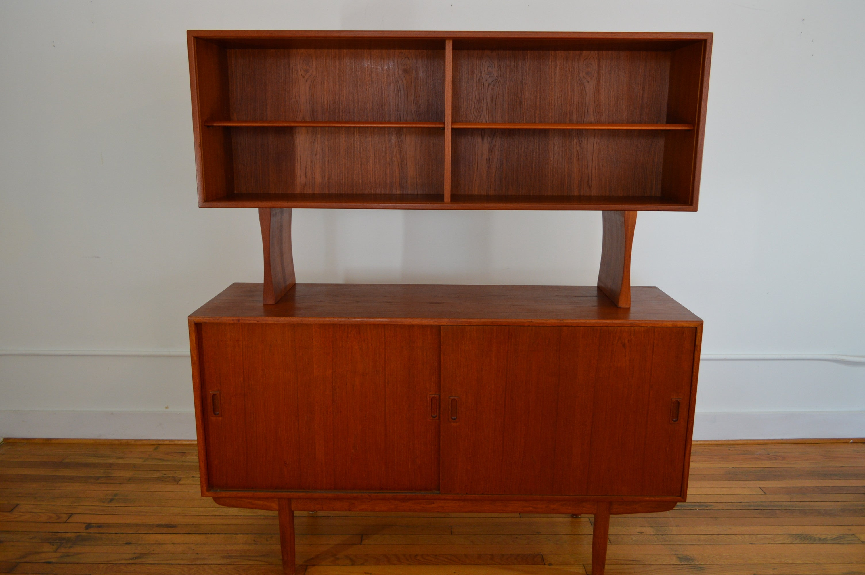 Danish Credenza Hutch : Danish modern teak credenza with matching hutch galaxiemodern