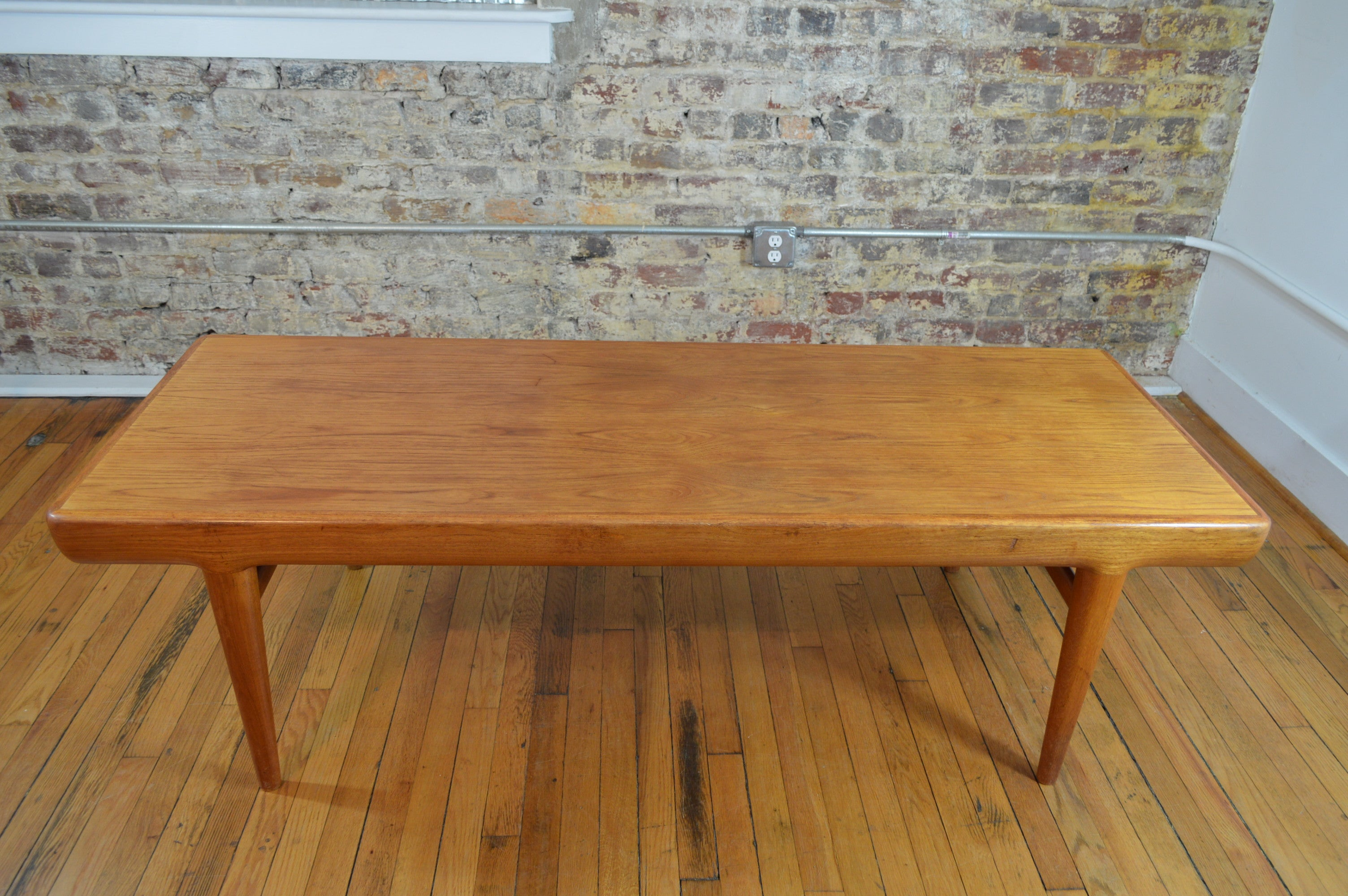 Johannes Andersen For Uldum Mobelfabrik Teak Coffee Table With Extensions