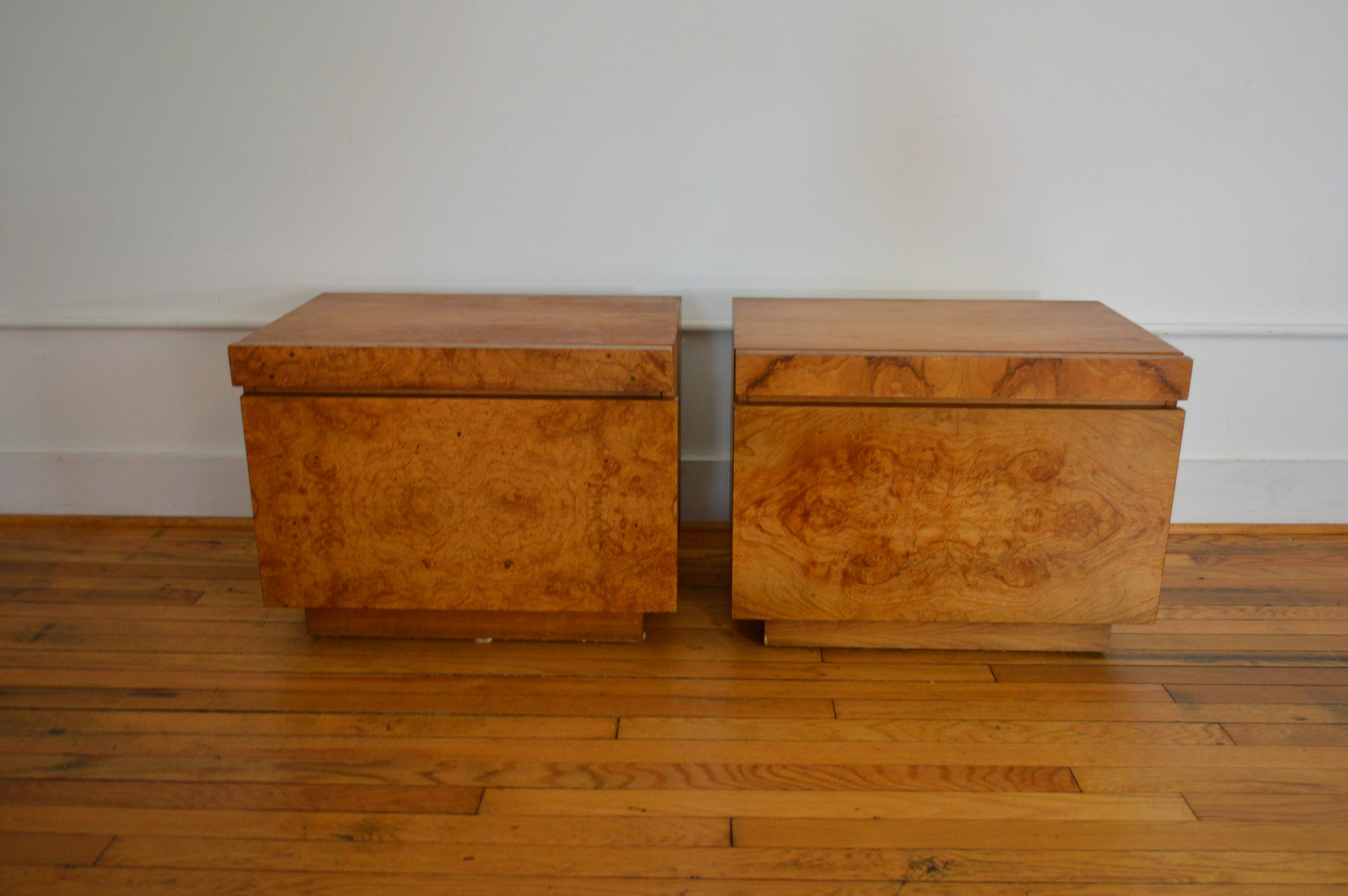 Milo baughman for lane company mid century burl wood pair of night stands
