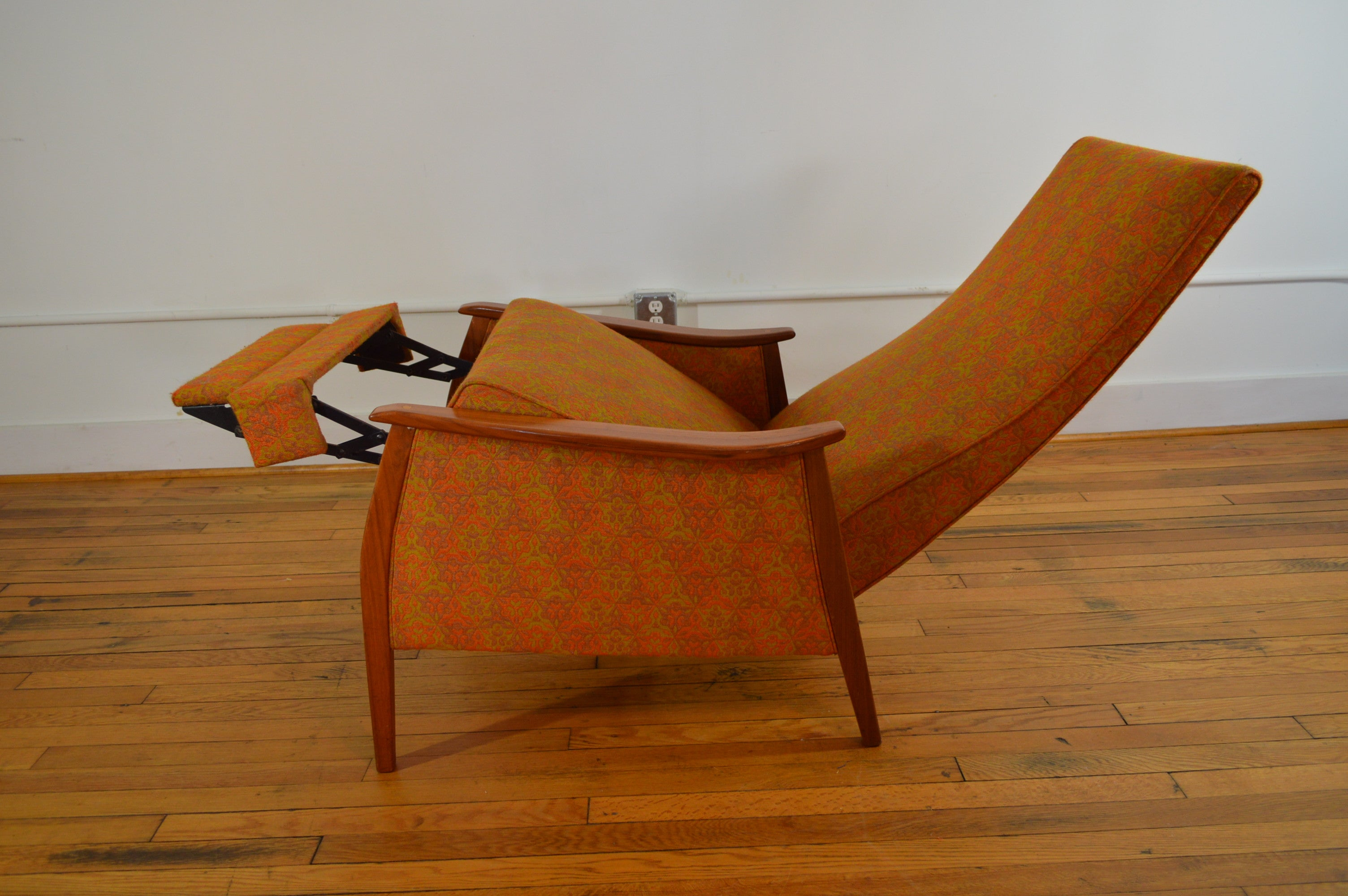 mid century recliner. Milo Baughman For James Inc. Mid Century Recliner In Original Fabric A