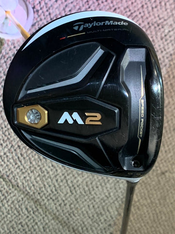 TaylorMade M2 9.5° Driver Atmos Stiff Flex Shaft Golf Pride MCC Plus4 Grip