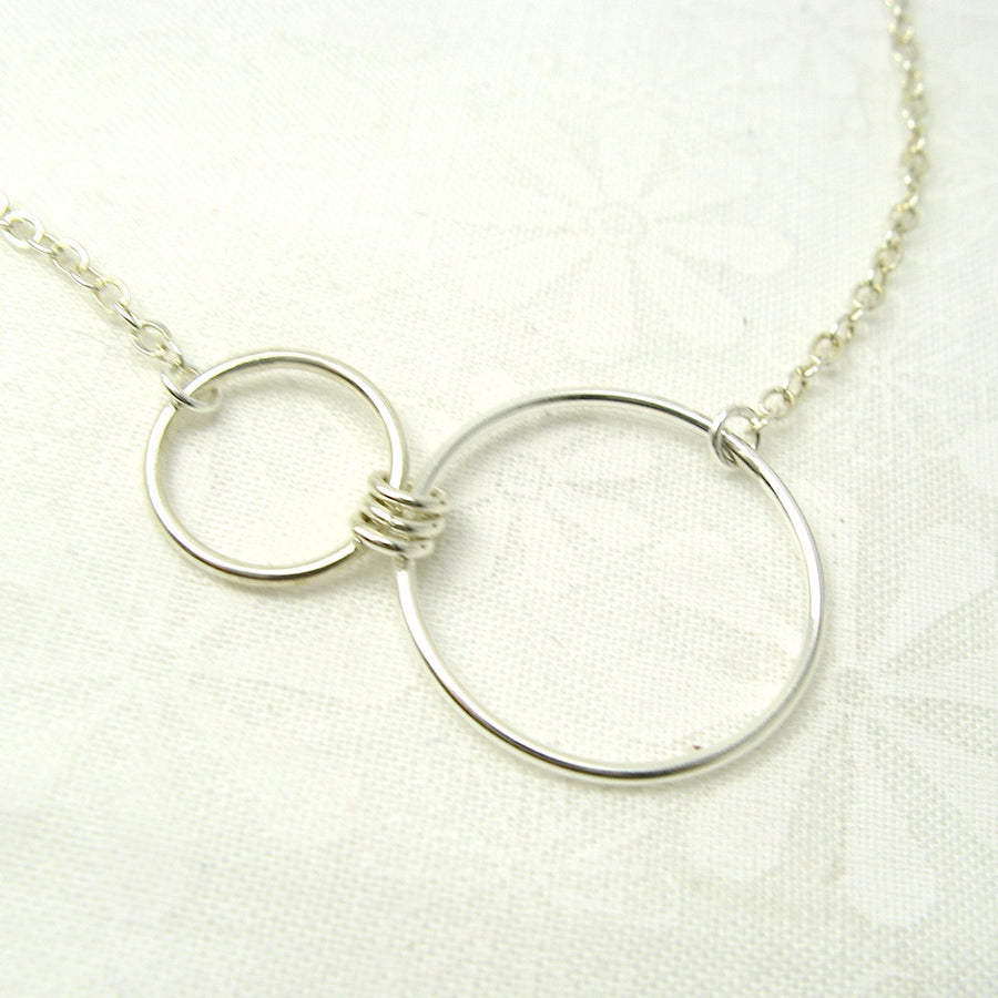 Nexus Silver Horizontal Necklace