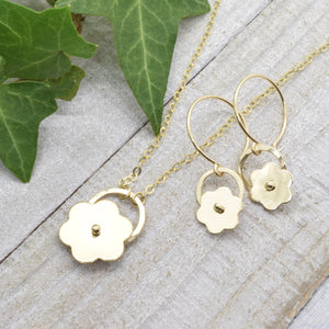 Posy Gold Flower Necklace