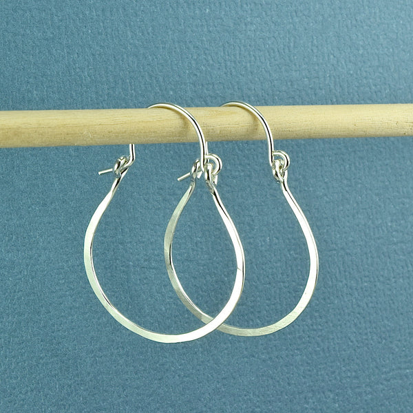 Vale Silver Hoop Earrings - Cloverleaf Jewelry