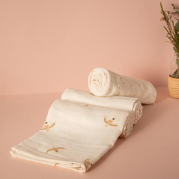 "Mulltuch Swaddle ""Butterfly Nude Haiku Birds / Natural"""