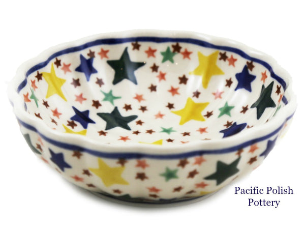 Scalloped Side Bowl
