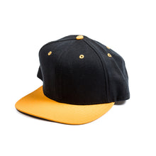 Load image into Gallery viewer, Blank Vintage New Era Snapback Hat