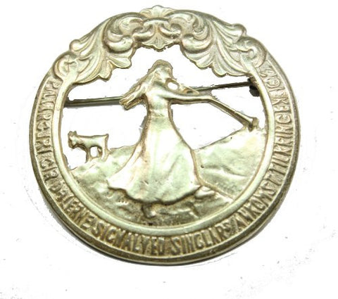 Sterling Silver Pillarguri Pin