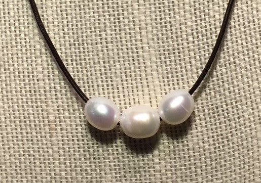 Freshwater Pearl & Black Leather Necklace