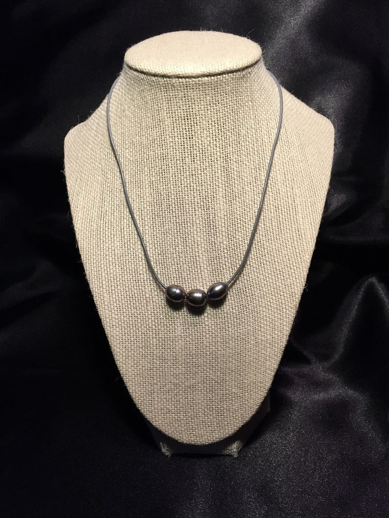 Freshwater Pearl & Grey Leather Necklace