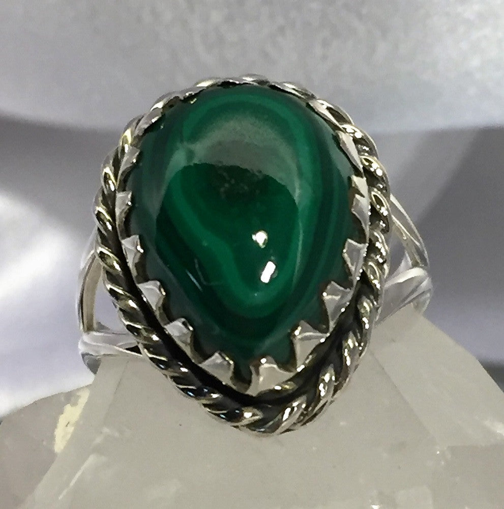 Malachite Eye Ring - Size 8