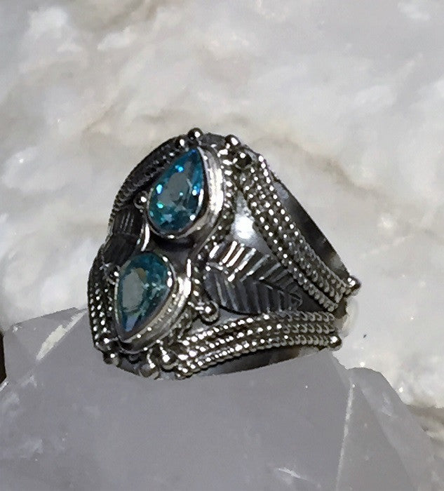 Vintage Intricate Blue Topaz Ring Size 6.5