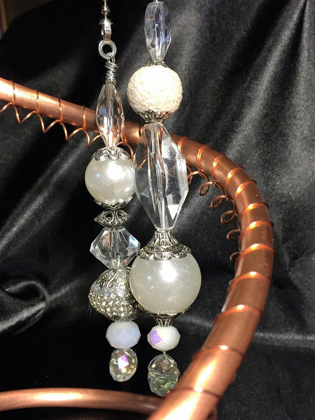 White & Silver Elegance Fan & Lamp Pull Set