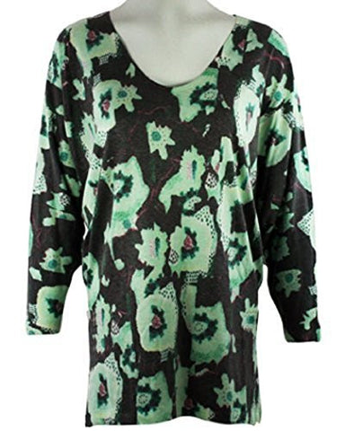Nally & Millie - Geo Spots, Crew Neck Woman's Tunic Top on a 3/4 Sleeve Body