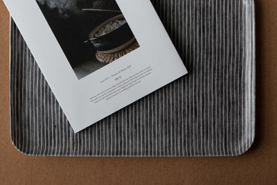 Fog Linen Tray / Dark Gray with Thin White Stripe