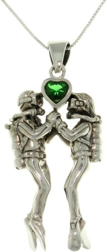 Jewelry Trends Sterling Silver Sea Life Scuba Divers Green Heart Pendant with 18 Inch Box Chain Necklace