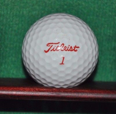 Vintage Titleist 384 Lady Golf Ball.