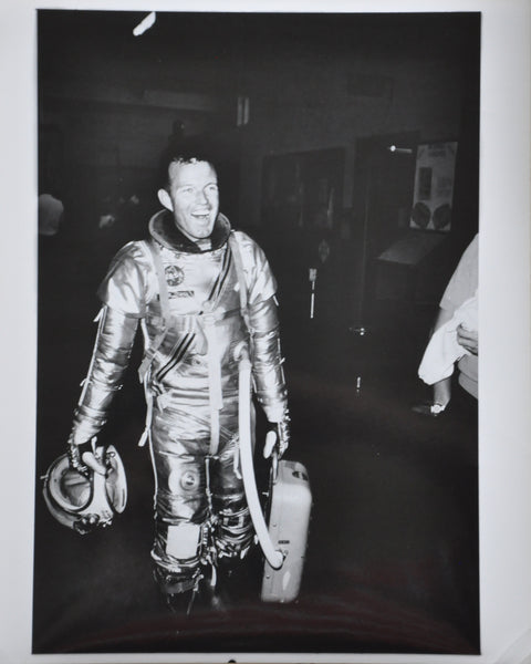 "Original 1963 8"" x 10"" Photo of Mercury Astronaut Gordon Cooper in Space Suit"