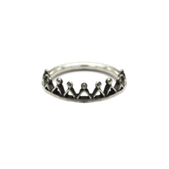 Dainty Stella Crown Ring Silver