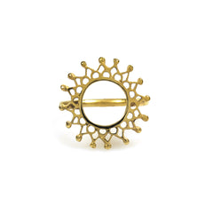Aphrodite Ring Gold, gold circular fretwork mandala ring
