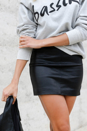 Ena Pelly - Classic Mini Skirt - Black Pebbled