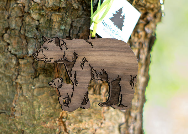 Product Feature - Black Bear with Cub