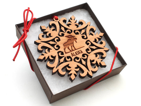 Alaska Moose Medallion Snowflake Ornament Gift Box