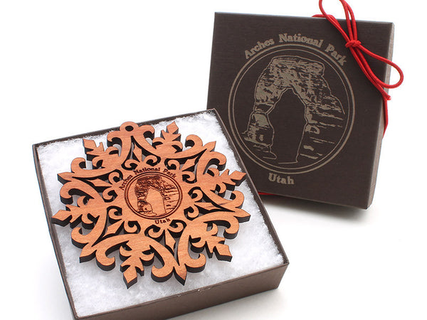 Moab Arches NP Custom Snowflake Ornament Gift Box Alt - Nestled Pines - 2