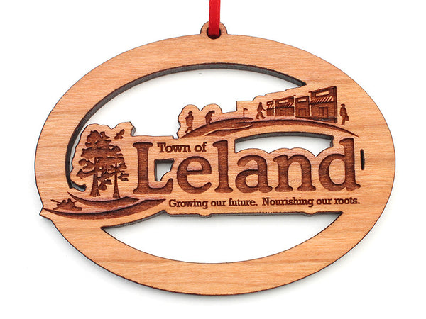 Leland Oval Ornament - Nestled Pines