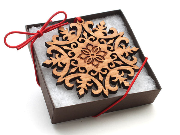 La Quinta Spa Snowflake Logo Ornament Gift Box